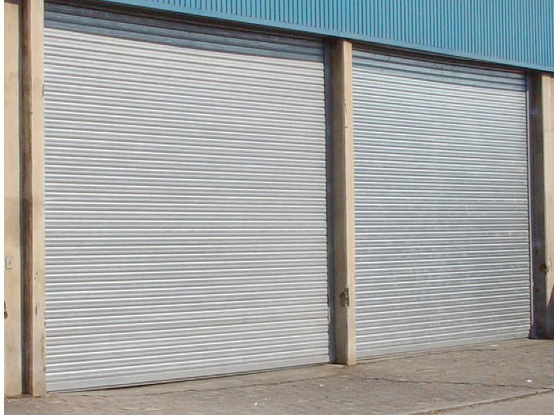 Maeva for Rideau electrique garage